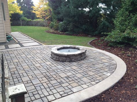 paver patio gas firepit and cip pavers
