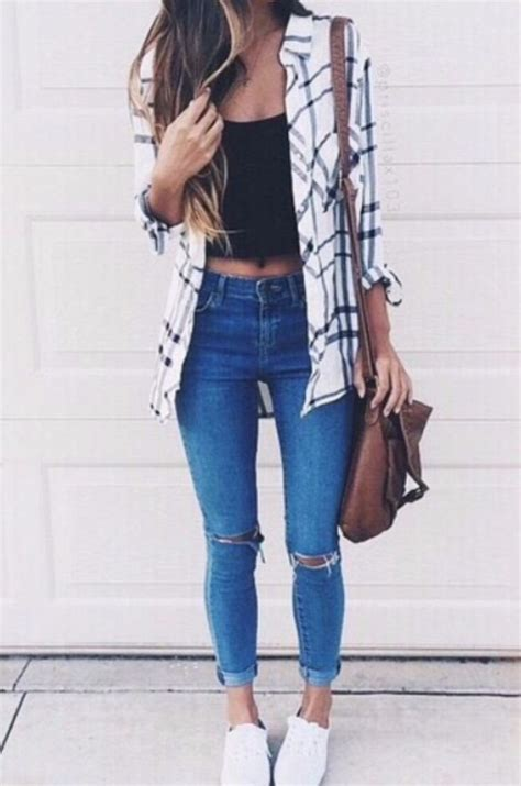 top 15 best ripped jeans outfit ideas