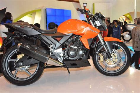 The new model of the tvs apache rtr series is the apache 160 4v. Education & Tech: TVS Apache Velocity 160CC