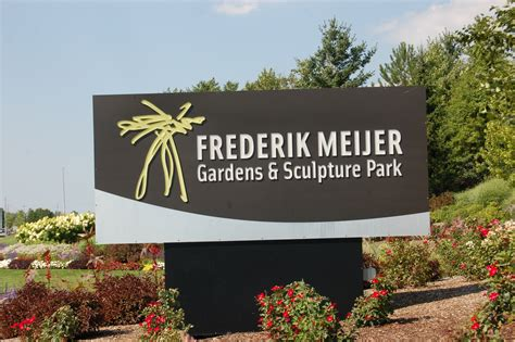 meijer gardens hours photo gallery friday frederik meijer gardens sculpture