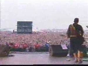 System Of A Down - prison song 2001 Reading Festival Live ...