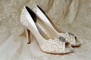 best wedding shoes fabulous lace bridal shoes best wedding hairstyles haircuts