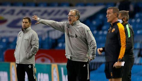 Leeds fans discuss Adam Forshaw as Marcelo Bielsa gives ...