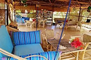 Chill Out Area : diamond beach village from gamewatchers safaris ~ Markanthonyermac.com Haus und Dekorationen