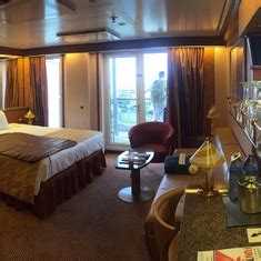 suite   carnival miracle category