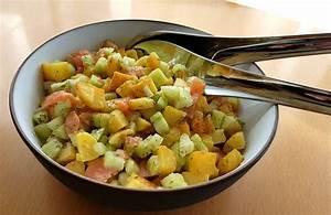 Salat Mit Geräuchertem Lachs : kartoffel gurken salat mit lachs von zauberk che ~ Orissabook.com Haus und Dekorationen