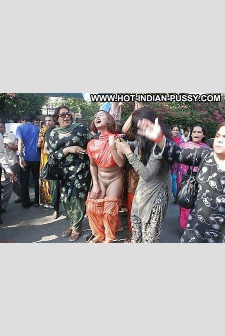 Eireann Private Pics Indian Desi Mature Asian Public Public Nudity