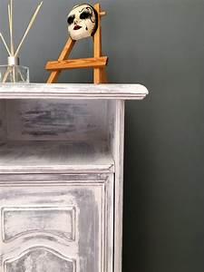 Meuble Shabby Chic : 2 techniques pour relooker un meuble au style shabby chic home by marie ~ Teatrodelosmanantiales.com Idées de Décoration