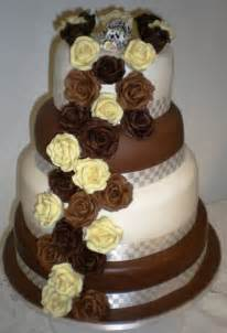 chocolate wedding cakes wedding cake count designer chair covers to go