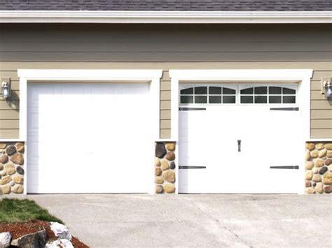 garage door accents what color is best for garage doors