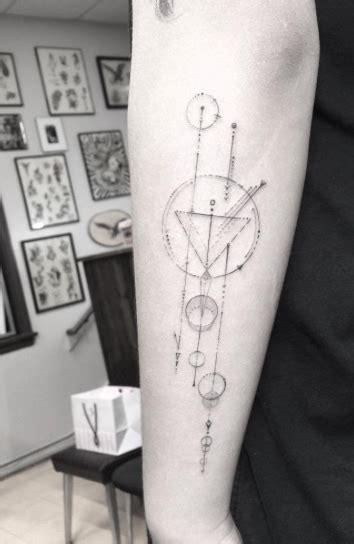 geometric tattoo designs  men  women tattooblend