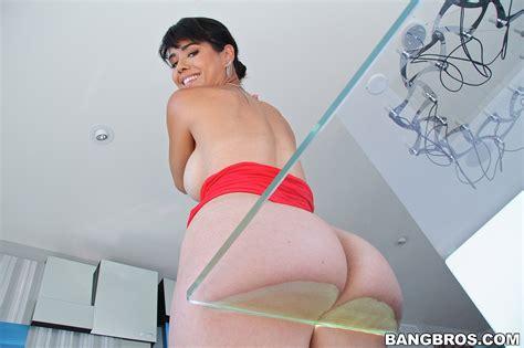 naughty big ass woman stripping off and teasing photos