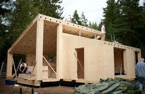 impresora  gigante capaz de construir una casa en
