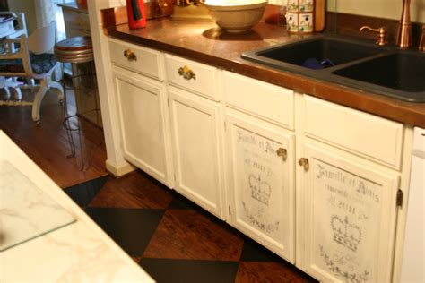 best paint finish for kitchen cabinets best finish for chalk painted cabinets home