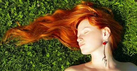 What's The Difference Between Red And Strawberry Blonde Hair?