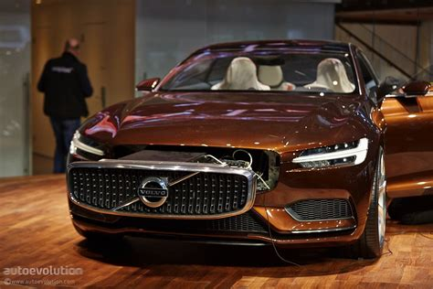 volvo concept estate   future  geneva