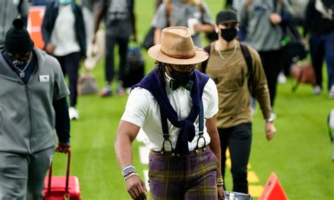 Patriots' Cam Newton has outrageous pre-game outfit — the ...