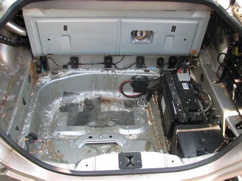 battery compartment powder jaguar xk8 xkr x100 jaguarforums bc21 rust