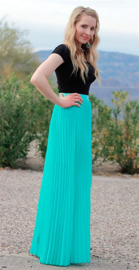 25 Maxi Skirts Outfits Ideas