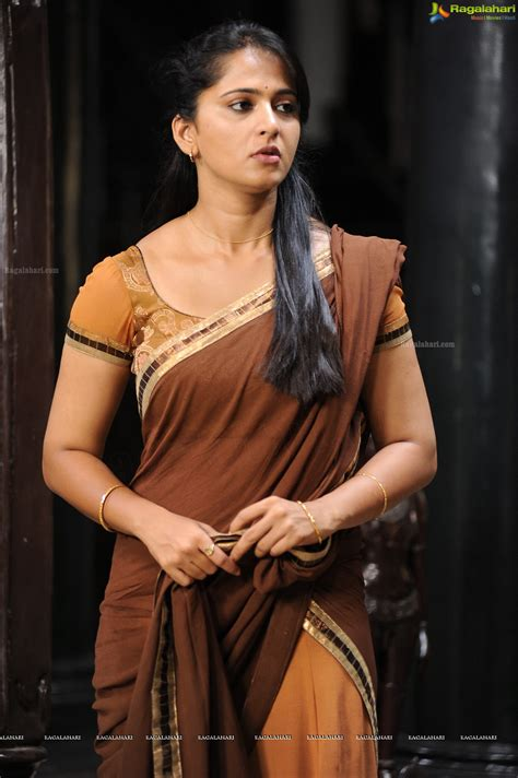 Hot Anushka Shetty Indian Actress