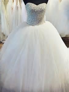 robe de mariã e princesse strass robe de mariée princesse ornée de perle blanche et de strass diamant boutique prova