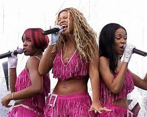 Destiny's Child's 10 Craziest Outfits