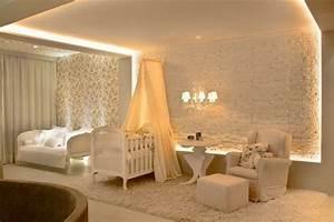 Lumiere Chambre Bébé : d co murale chambre b b 45 inspirations pour vous ~ Teatrodelosmanantiales.com Idées de Décoration