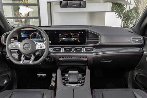 Our comprehensive coverage delivers all you need to know to make an informed car buying. 2020 Mercedes-AMG GLE 53 SUV Interior Photos | CarBuzz