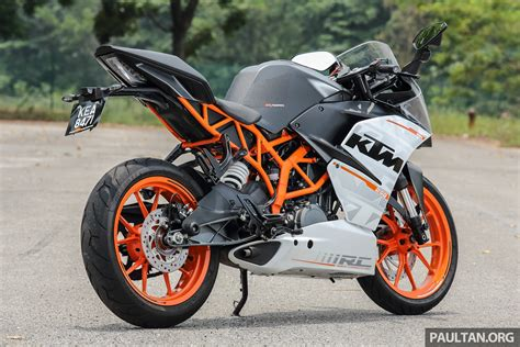 Ktm Rc 250 Image by Review 2016 Ktm Duke 250 And Rc250 Handling And
