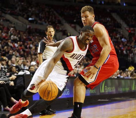 Clippers' Blake Griffin, J.J. Redick not with Clippers for ...