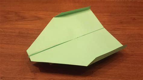 How To Make A Paper Airplane That Flies For A Long Time