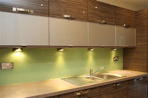 green kitchen splashbacks leafy green kitchen splashback glass splashbacks pro glass 4 1436