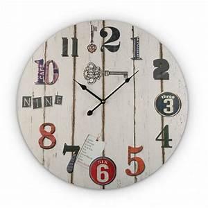 Horloge Murale Bois : horloge murale ronde en bois blanc vintage versa ~ Teatrodelosmanantiales.com Idées de Décoration