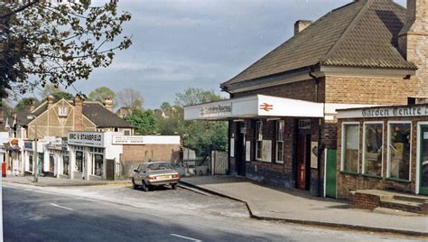 File:Carshalton Beeches station geograph-3101723-by-Ben