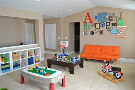 salle de jeux enfant rangement salle de jeux enfant 50 id 233 es astucieuses
