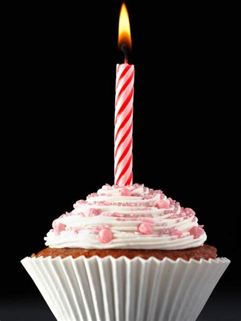 brighten parties  cupcake candles hgtv