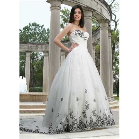 sweetheart strapless white wedding gown dress with black appliques accents cool wedding stuff