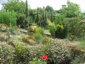 un clin d39oeil au jardin de roger With modele de rocaille pour jardin 1 mon jardin en automne suite
