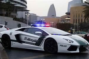 Voiture Police Dubai : nouvelle voiture de luxe pour la police de duba ~ Medecine-chirurgie-esthetiques.com Avis de Voitures