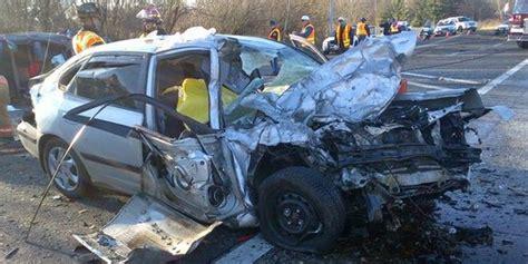 Car Crash by Caran Johnson Unknowingly Live Tweets Husband S