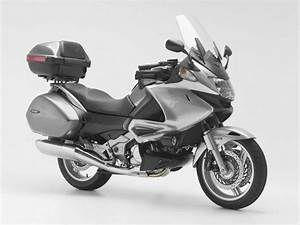 Honda Deauville 700 : honda honda deauville 700 moto zombdrive com ~ Kayakingforconservation.com Haus und Dekorationen