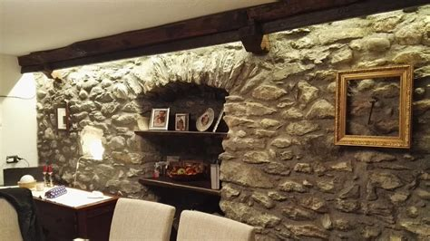 soffitto con travi illuminare soffitto con travi legno illuminazione per