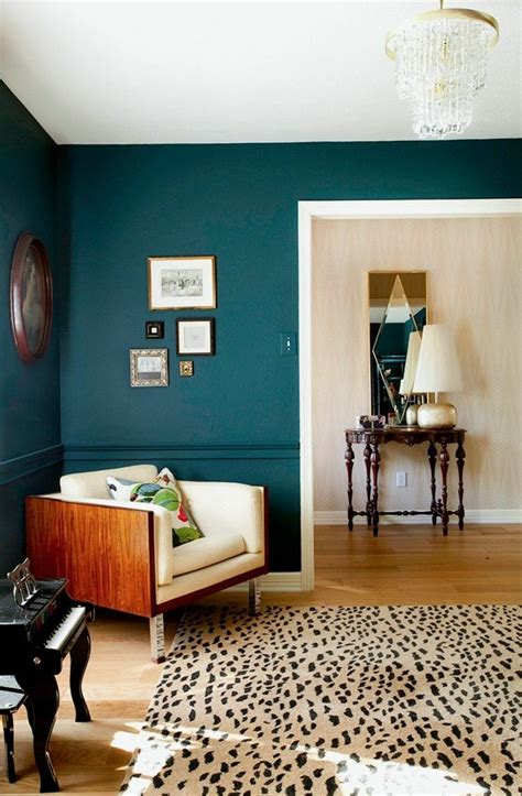 Petrol Wandfarbe Wohnzimmer by Wandfarbe Petrol 56 Ideen F 252 R Mehr Farbe Im Interieur