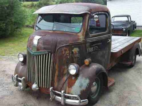 ford      auction  truck  rolls