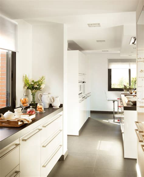 los suelos de cocina  los acabados mas limpios
