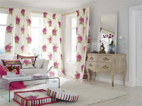 Wohnzimmer Rosa Weis
