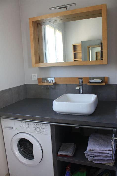 salle de bain comprenant vasque wc lave linge