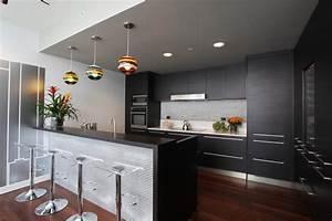 cuisine cuisine gris anthracite avec jaune couleur With idee deco cuisine avec cuisine laqué gris anthracite