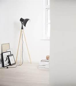 Lampadaire Salon Scandinave : frandsen lighting la maison de luminaire design danois depuis 1968 ~ Teatrodelosmanantiales.com Idées de Décoration