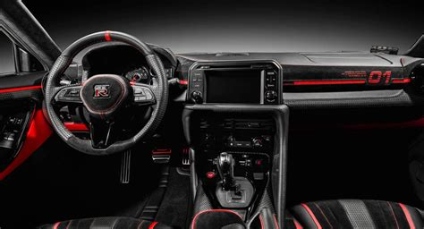nissan gt rs unique cabin  courtesy  carlex